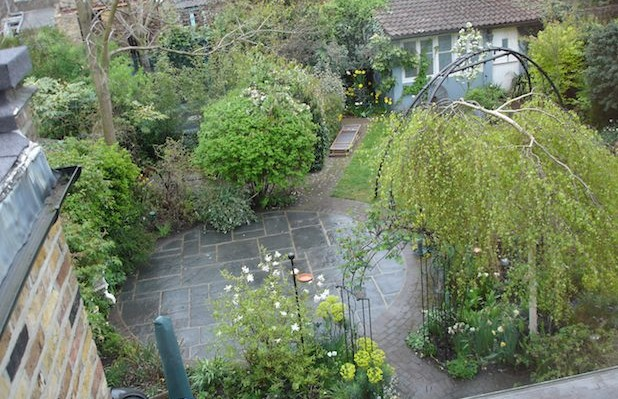 Aerial view of family garden circular patio area by Carol Whitehead garden design