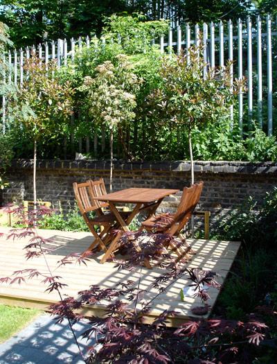 urban kitchen garden space to dine