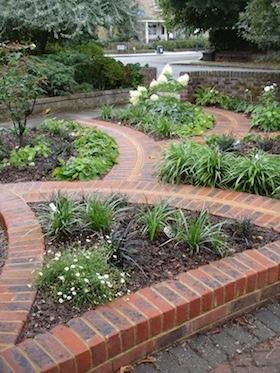 Art Deco Front Garden Design