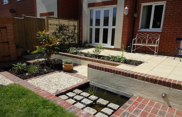 A neat courtyard pond for wildlife - Carol Whitehead garden design